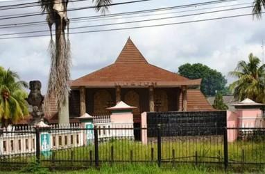 Museum Negeri Balaputra Dewa Palembang Terima Hibah Batik Langka