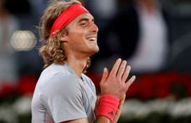 Hasil Australian Open 2021: Tampil Dominan, Tsitsipas Maju ke Babak Keempat