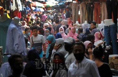 DKI Targetkan 10.000 Pedagang Pasar Divaksin Covid-19 Pekan Ini
