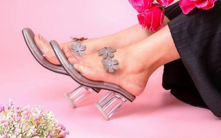 Salah satu koleksi Dranatha Shoes