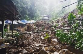 Objek Wisata Curug Cigentis Karawang Tertimbun Longsor