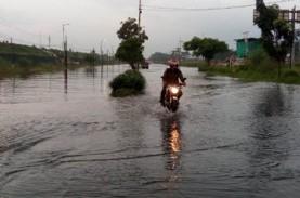 Banjir Jadi Ajang Tahunan, PUPR Sebut Penanganan Masih…
