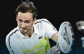 Daniil Medvedev Tantang Novak Djokovic di Final Australia Terbuka