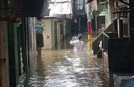 Hastag Banjir Jadi Trending Topic di Twitter, TMC Polda Metro Bagikan Titik Genangan Air