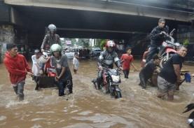 Jalan Tol Kebanjiran, YLKI Minta agar Operator Tak…