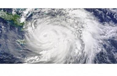 Topan Dujuan Mengancam, Filipina Evakuasi Ribuan Orang
