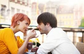 Ciri-ciri Seseorang Sedang Jatuh Cinta, Berdasarkan Zodiaknya