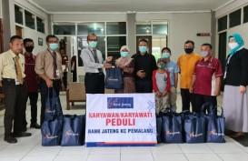 Bank Jateng Bagikan Bantuan Sembako di Pemalang