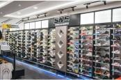 SNS Sneaker Bidik Sneakerhead Pencari Produk Original