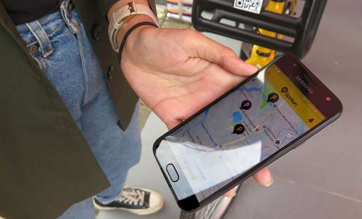 Tampilan aplikasi Spekun di smartphone pengguna solusi bike sharing di Universitas Indonesia (UI). Aplikasi ini memanfatkaan layanan Narrow Band-Internet of Things PT Telekomunikasi Selular (Telkomsel). - dok. Telkomsel