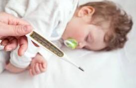 Demam dan Kejang, Bisa Jadi Gejala Virus Corona Anak