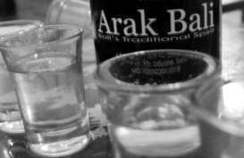 Pasar Minuman Beralkohol di Pulau Dewata, Sebagian Konsumen Beralih ke Arak Bali