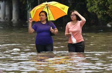 Khawatir Terpapar Covid-19, Pengungsi Banjir Diminta Periksa Diri ke Pos Kesehatan