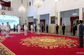 Sah! Jokowi Lantik Gubernur Sumbar, Kepri dan Bengkulu