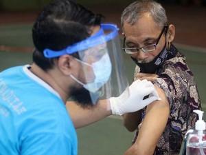 Pegawai Pemda Kediri Menerima Vaksinasi Tahap Dua