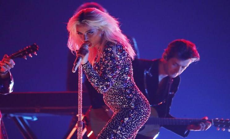 Lady Gaga tampil di panggung Grammy Awards ke-61 di Los Angeles, California Amerika Serikat, 11 Fabruari 2019. - Reuters