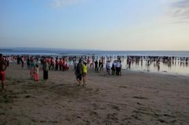 Luhut hingga Sandiaga Bahas Pembukaan Pariwisata Bali…