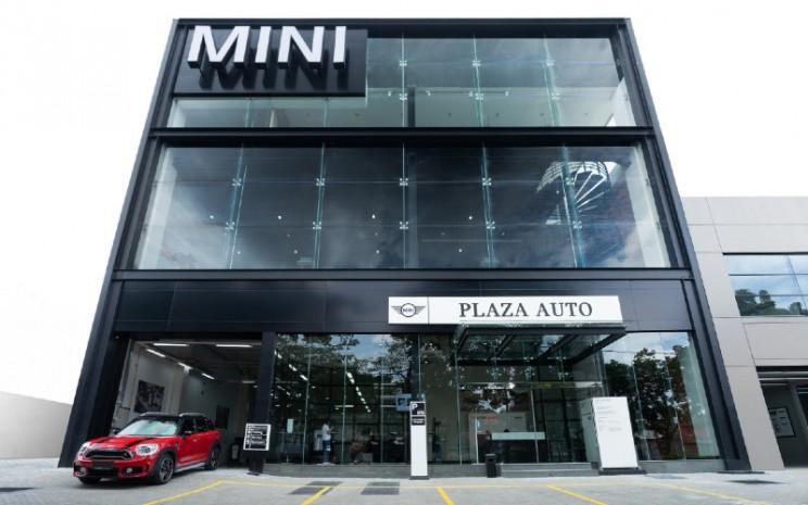 Dealer Mini di Bandung.  - MINI