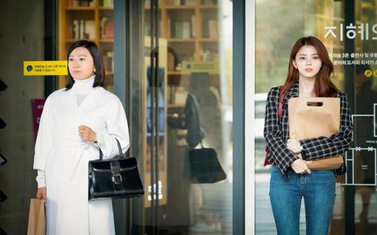 Serial drama Korea The World of the Married menjadi perbincangan hangat penggemar Korea di Indonesia. - Instagram