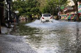 Rob Naik, Banjir Semarang Makin Parah. Gimana Nih…
