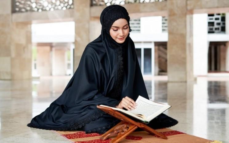 Mukena Siti Khadijah baru saja meluncurkan koleksi terbarunya yang diberi nama Modish Eshal dan Modish Saira