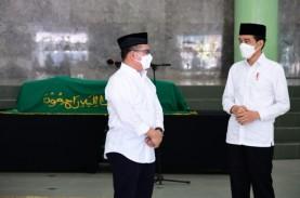 Sosok Artidjo Alkostar di Mata Jokowi: Rajin, Jujur…