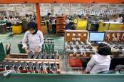 Kabar Pasar: Menguji Taji Manufaktur, Hingga Mayoritas Reksa Dana Moncer
