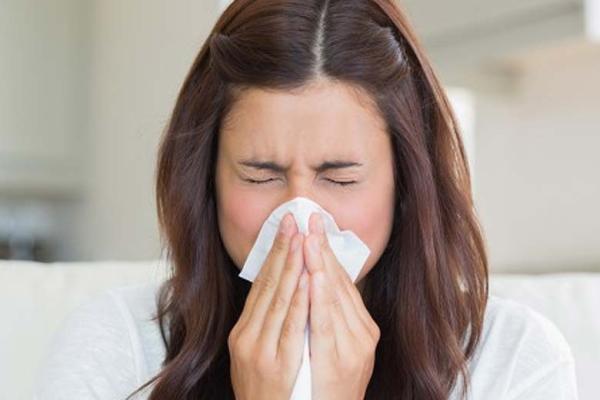 Ilustrasi seseorang terkena flu  -  Reuters