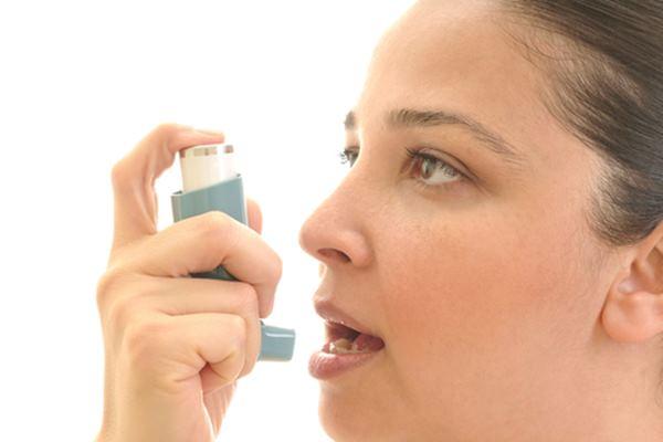 Ilustrasi sakit asma - crabbscrosssurgery.nhs.uk