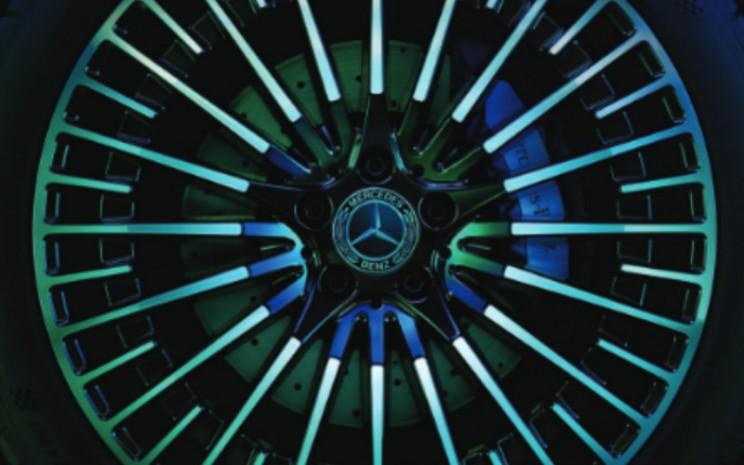 Logo Mercedes Benz.  - Mercedes Benz