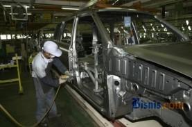 Industri Pendukung Otomotif Seret Kredit