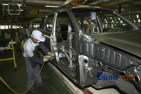 Ilustrasi pembuatan mobil.  - Bisnis.com