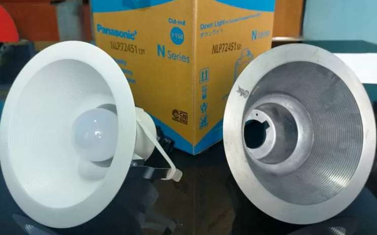 Fitting Lampu Downlight.  - ANTARA