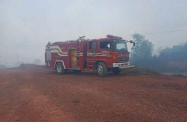 Karhutla Mengancam: Padamkan Api, Selamatkan Jabatan!