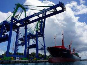 PT Pelindo IV Kembangkan Pelabuhan Sorong Untuk Menjadi Pelabuhan Peti Kemas Modern