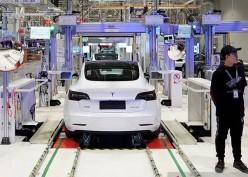 Analis: Tesla Tidak Akan Selamanya Jadi Raja Mobil Listrik