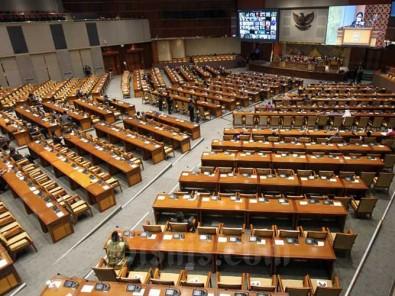 Puan Maharani Pimpin Paripurna Dengan Agenda Pembukaan Masa Persidangan IV Tahun Sidang 2020-2021.