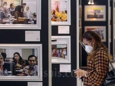 Kaukus Perempuan Parlemen Republik Indonesia  Gelar Pameran Foto Dalam Ranfka Hari Perempuan Internasional