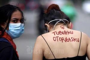 Sejumlah Aktivis Gelar Aksi Peringati Hari Perempuan Internasional di Bandung
