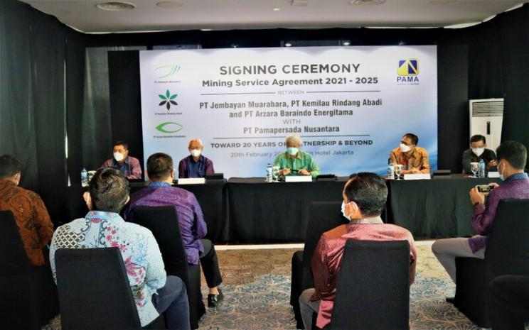 PAMA Menandatangani Perpanjangan Kontrak Senilai Rp 15 Triliun