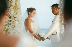 Foto-Foto Cantik Pernikahan Julie Estelle dan David…