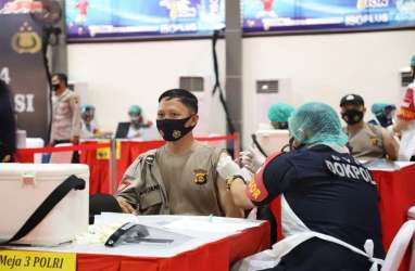 Setahun Pandemi: Rasa Aman Masyarakat jadi Kunci Utama Pemulihan Ekonomi
