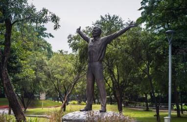 Ada Patung Kosmonot Rusia di Taman Mataram, Ini Penjelasan Anies