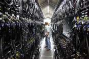 Terus Meroket, Harga Saham Emiten Data Center Mulai Kemahalan?