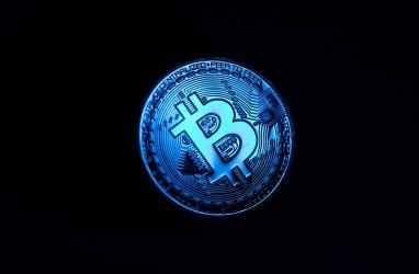 Habis Tembus Rekor, Bitcoin Longsor Lagi!