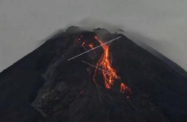 Pagi Ini, Gunung Merapi Keluarkan 20 Kali Guguran Lava Pijar
