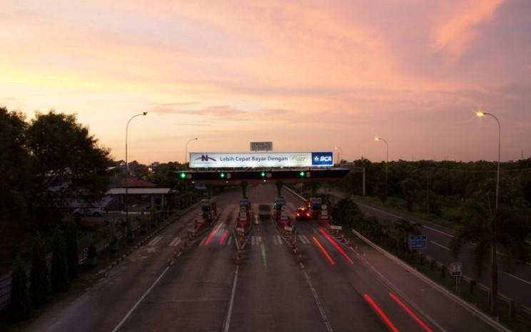 Jalan Tol Seksi Empat, Makassar, salah satu jalan tol yang dikelola PT JTSE, anak usaha PT Nusantara Infrastructure. - nusantarainfrastructure.com