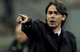 Jadwal & Klasemen Serie A : Roma vs Napoli, Fiorentina vs Milan