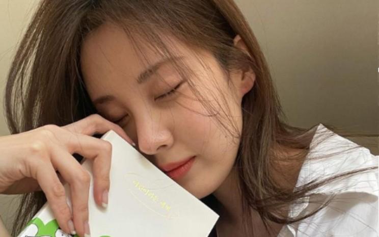 Seohyun meninggalkan agensi SM Entertainment setelah kontraknya habis dan pindah ke Namoo Actors.  - IG@Seohyun