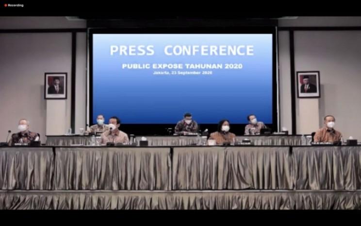 Dewan Direksi dan Komisaris PT Indofood Sukses Makmur Tbk. dan PT Indofood CBP Sukses Makmur Tbk. menyampaikan paparan publik mengenai kinerja dan strategi perseroan secara daring, Rabu (23/9 - 2020)